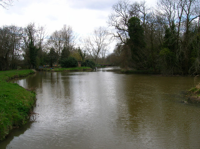 River Ouse entering Barcombe Mills