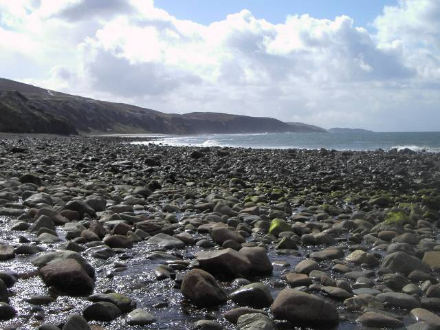 Stony beach and outflow of Allt Grisionn, below Aultgrishan