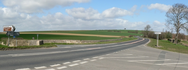Crossroads near Scarthingwell, Barkston Ash