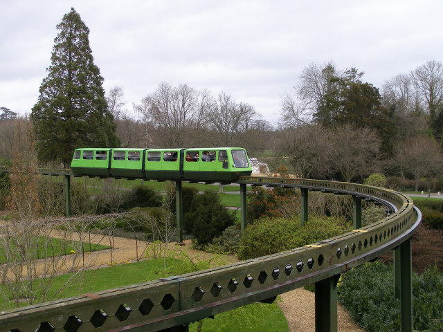 The monorail, Beaulieu