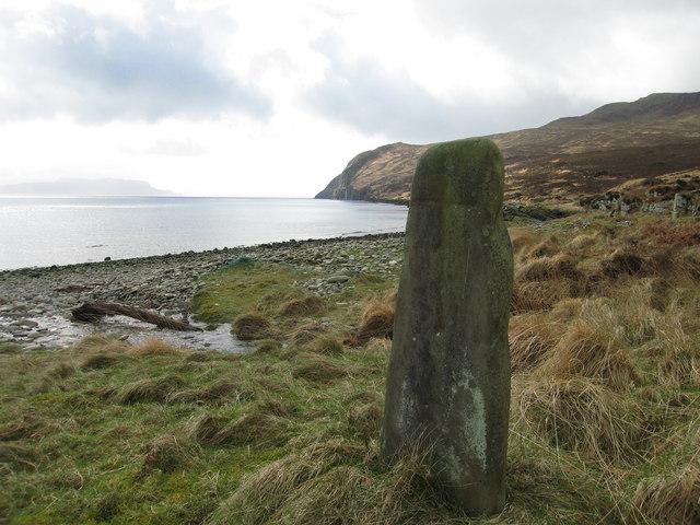 Standing stone, Rum