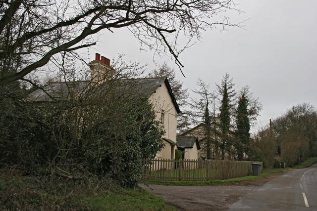 Houses near Dummer Grange Farm