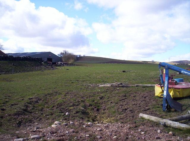 Looking Towards Deuchar Hill from Balquhadly