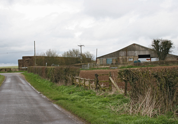 Farm between Preston Candover and Lower Wield
