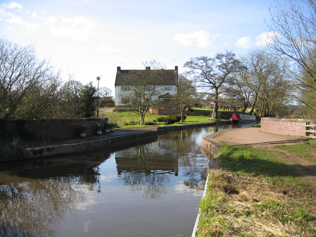 Worcester and Birmingham Canal crossing the aqueduct near Barnt Green