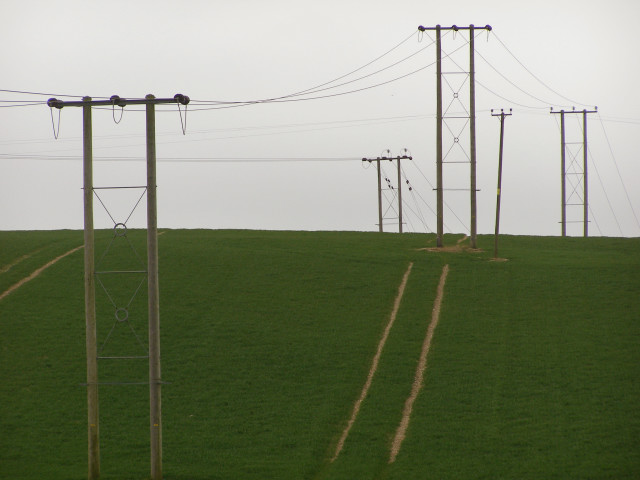 Electric power lines on Knowle Hill
