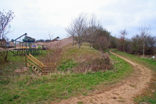 Cycle route bypassing gravel works, near Collingham
