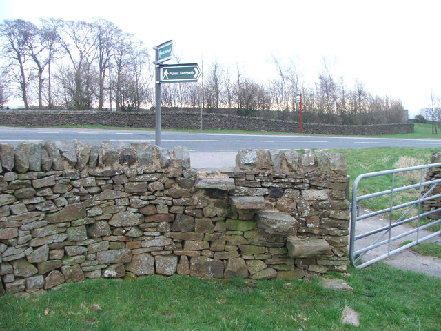 Stile and gate by the A65.
