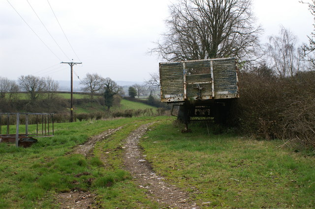 Trailer Track