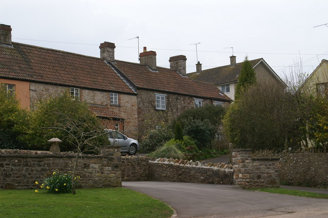Cottages in Winford