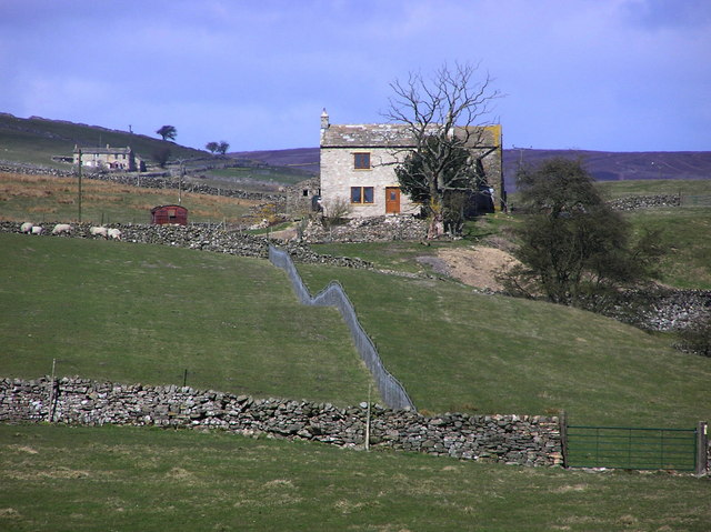 Stelling and Lower Stelling Farm.