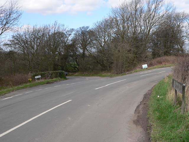 Junction of Cliffe Common Lane & Hermit Hill Lane
