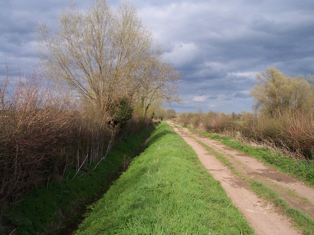 Bridleway and Drainage Ditch to Sutton Marsh
