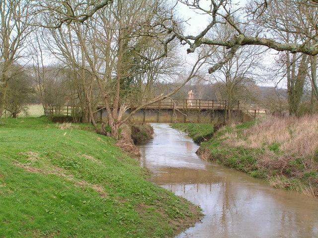 Railway bridge crossing R. Rother