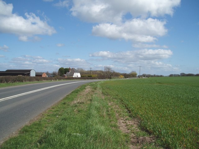A533 west of Dones Green, Field Farm on left
