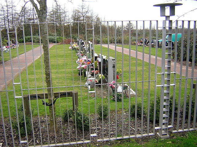 Coltswood Cemetery