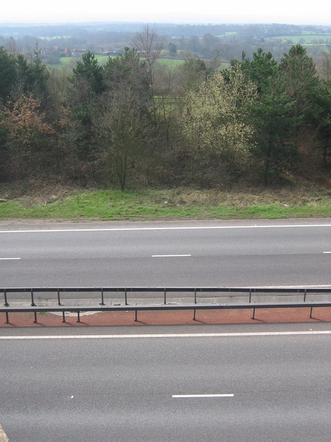 A21 viewed from the road bridge at Hubbard's Hill