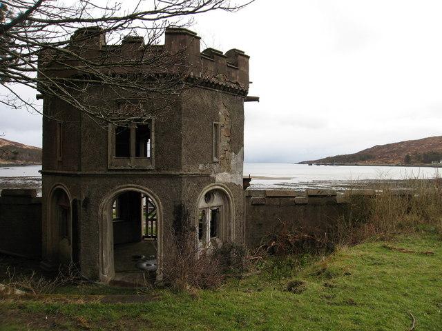 Gazebo, Kinloch Castle, Rum