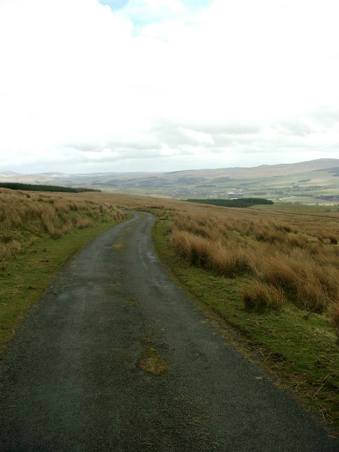 Below Bail Hill, the dead-end road to Fingland