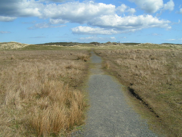 Path to Ross Back Sands