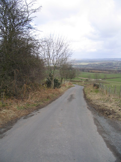 Road between Ellingstring and Jervaulx