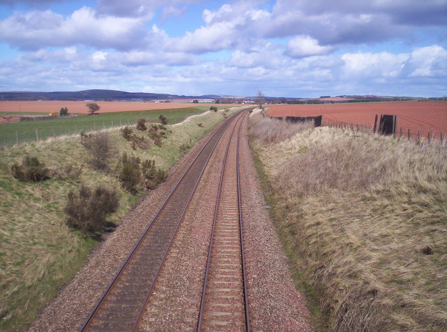 East Coast Main Line near Scotston
