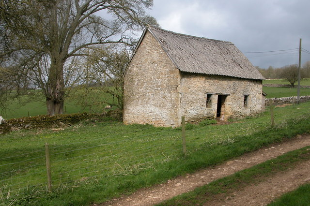 Stone Barn near Hornsleasow Farm
