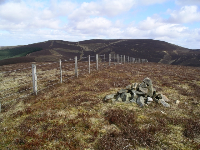 Summit Cairn, Priesthope Hill
