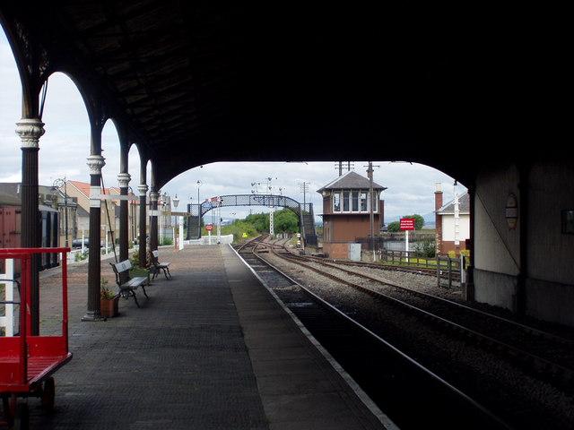 Bo'ness Railway Station 2005
