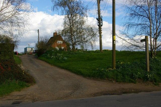 Bockingham Hall Footpath