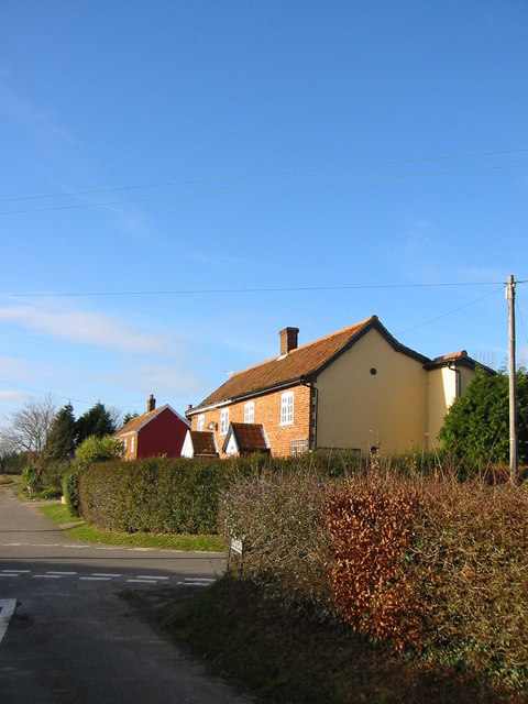 Church Cottages and Swingey Lane from Church lane.