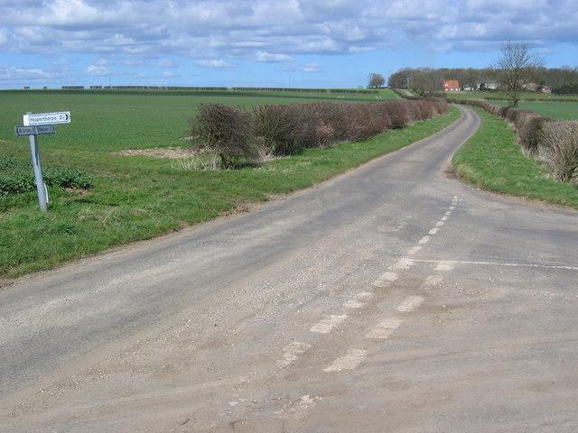 Heslerton Wold - Road Junction