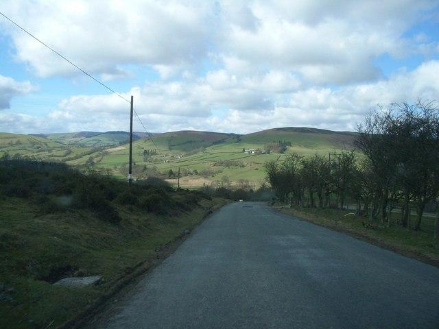 The steep descent into Llanbister