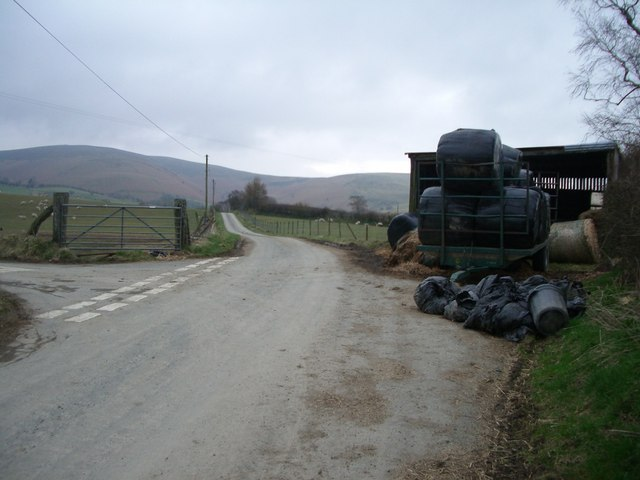 Minor road towards Moelfre