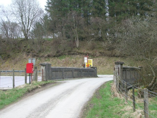 Maes-yr-helm Bridge