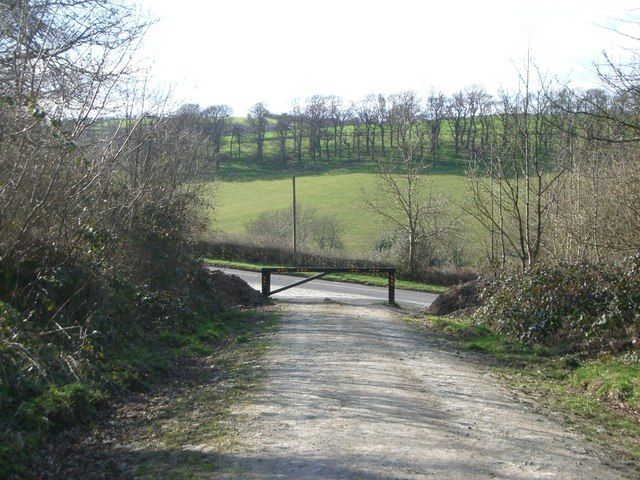 Bury Ditches cycle trail where it meets the A488