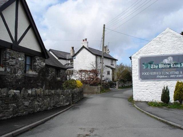 Main road through Llanelian