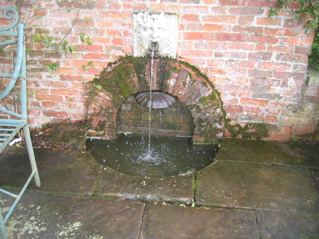 Ornamental fountain at Packwood House