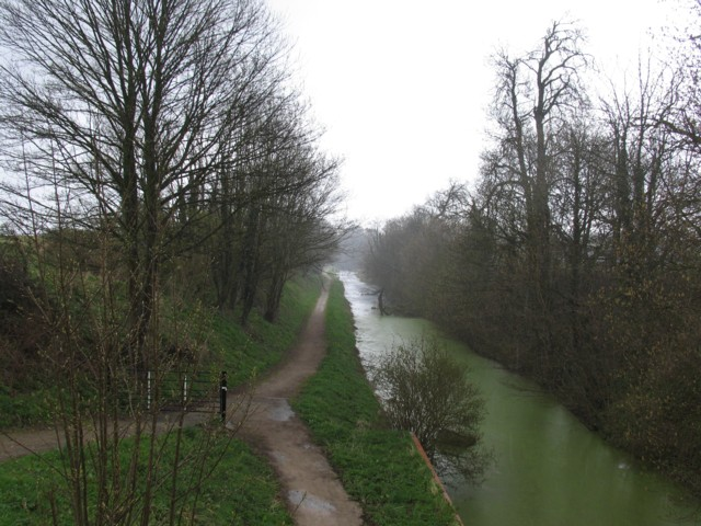 Grantham Canal from Vincent Bridge