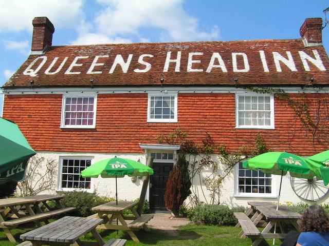 the queens head inn icklesham n chadwick cc by sa 2 0. Black Bedroom Furniture Sets. Home Design Ideas