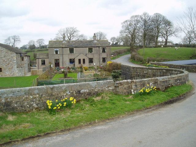 Cottages near Rimington Bridge