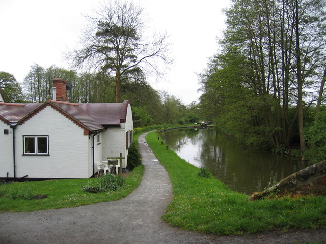 Dick's Lane lock house