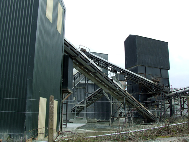 Quarry conveyor belts and buildings