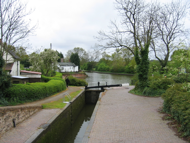 Stratford-upon-Avon Canal at Kingswood Junction