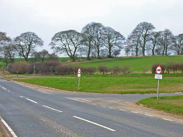Road junction on Harrap Hill