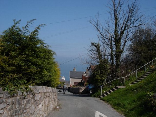 Miners lane to the sea