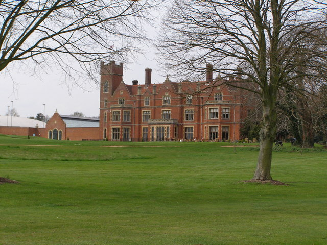 Hertfordshire Golf and Country Club House
