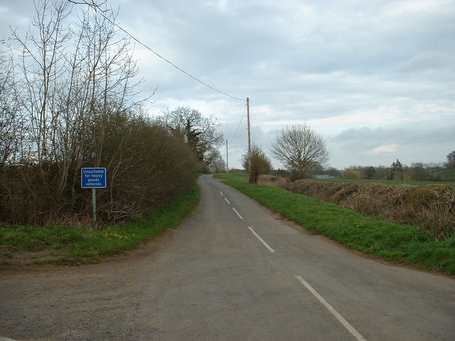 The lane to Appletree