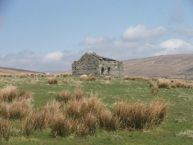Barn near Winterscales Farm.