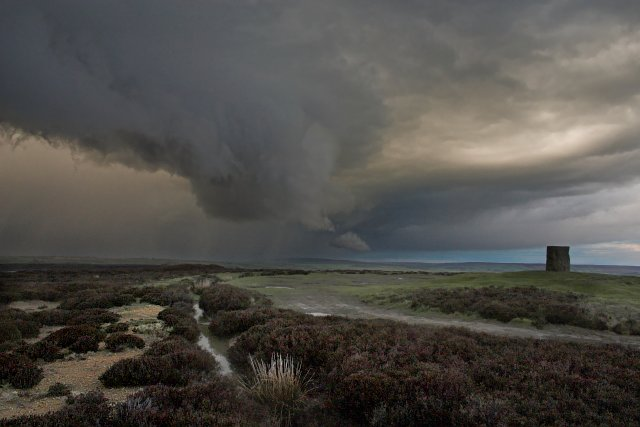 Wall Cloud at Danby Beacon